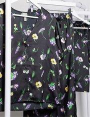 Camisa de satén con estampado de flores mujer