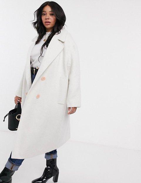 Outfit abrigo blanco mujer largo