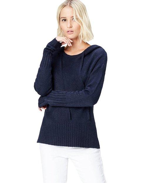 Outfit jersey azul marino estilo sudadera mujer