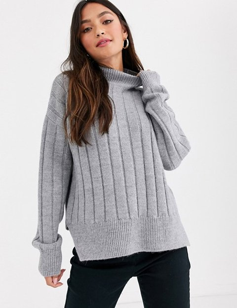Outfit jersey gris ancho para mujer