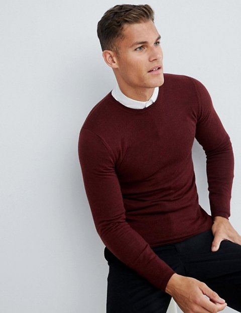 Outfit jersey rojo hombre