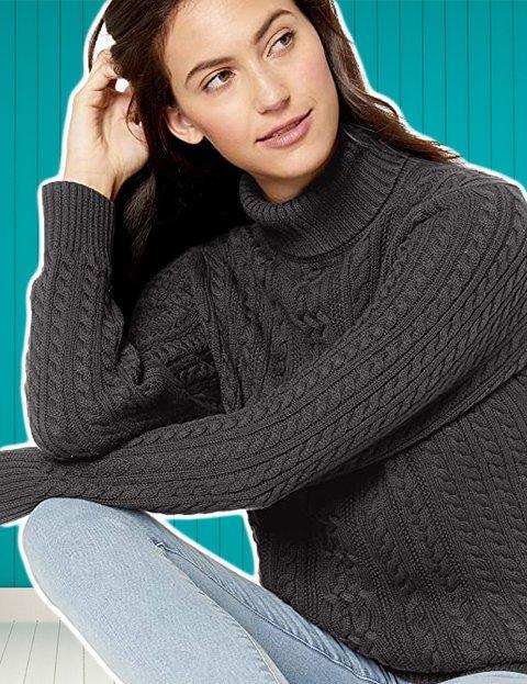 Outfit mujer formal con jersey de cuello alto gris