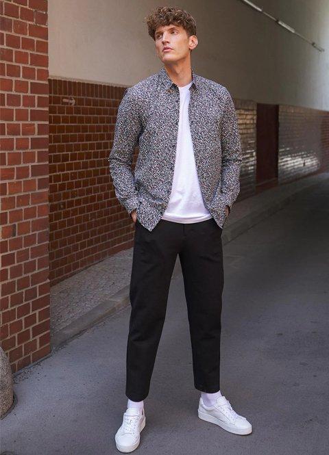 Outfit otoño casual hombre camisa y pantalón