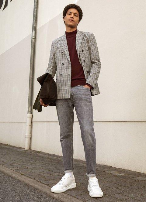 Outfit otoño hombre chaqueta de sastre a cuadros y jeans grises