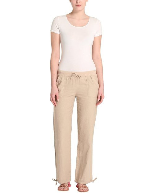 Outfit pantalón beige claro mujer
