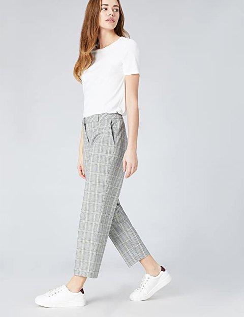 Outfit pantalón de cuadros gris mujer