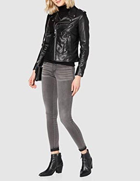Outfit pantalón gris mezclilla skinny mujer