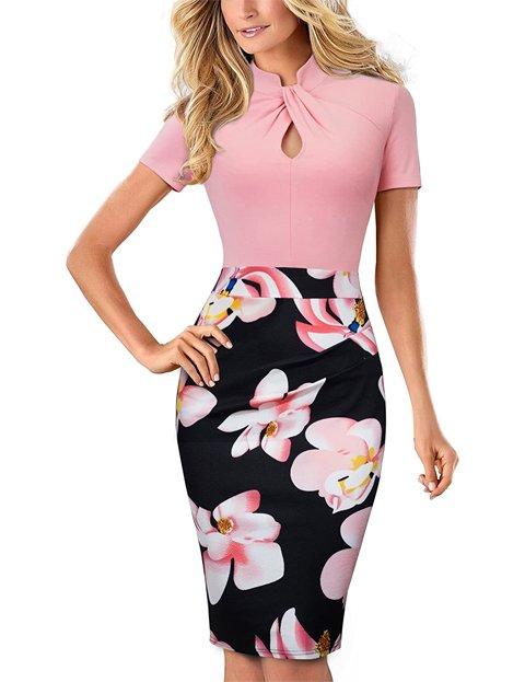 Outfits vestido rosa con flores