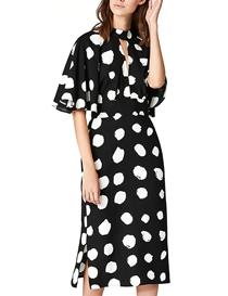 Vestido midi estampado con abertura en el bajo color negro